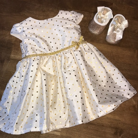 394486201fb2 Carter's Other - 💗Carter's Baby Girl Dress w/Gold Shoes -Precious!
